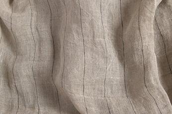 Pilkas permatomas lininis audinys juodais dryžiais, skalbtas 3