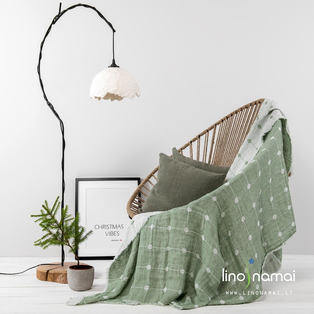 Žalias lovos užklotas | Kalėdinių dovanų gidas